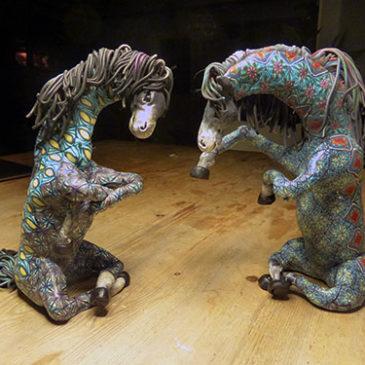 Nu är det två hästar!