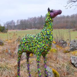 En häst som är en skog är färdig!
