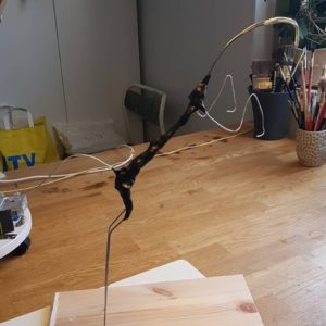 Stommen till hästkulpturen är djord av kraftig ståltåd och tvåkomponentslea-